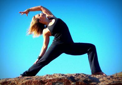 Сутрешната йога събужда, вечерната ни помага да заспим